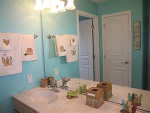 Beach surf themed full bathroom with separate tub and toilet