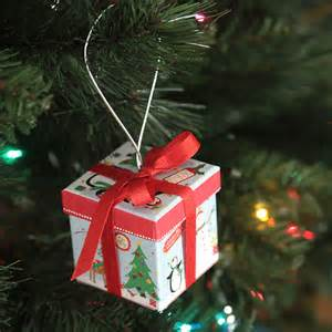 easy diy gift box christmas ornaments from the dollar