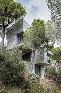 steep slope house plans steep slope house design goes vertical just like trees