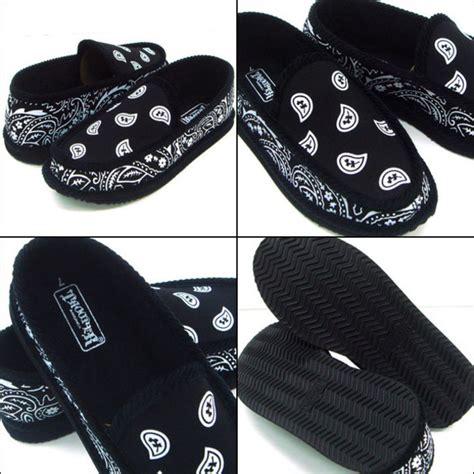 bandana print house shoes shoes bandana print black house shoes wheretoget