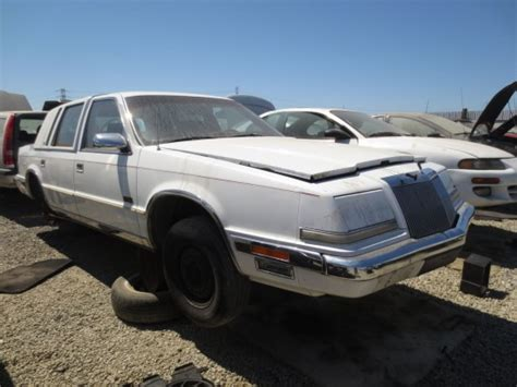 how to work on cars 1992 chrysler imperial electronic toll collection junkyard find 1992 chrysler imperial 24 cars blue sky