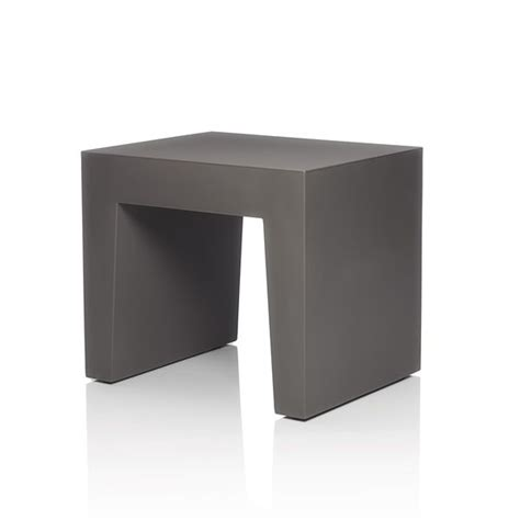 farbe taubengrau concrete seat hocker fatboy aus polyethylen in