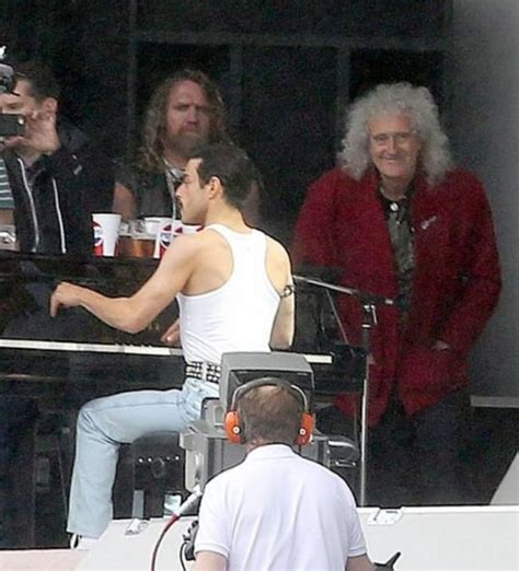 film queen bohemian rhapsody leaked video from queen movie shows why rami malek is the