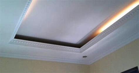 model model plafon ruang tamu kecil minimalis