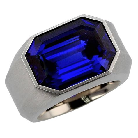 Royal Blue Sapphire 832 hemmerle exceptional royal blue burma sapphire gold ring