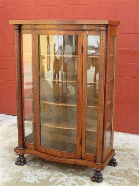 China Cabinet Furniture by Cool China Display Cabinet On Antique Bow Front China