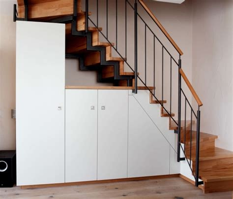 Armoire Sous Escalier by Armoire Sous Escalier Simple Placard Sous Escalier With