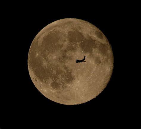 full moon calendar       full moon space