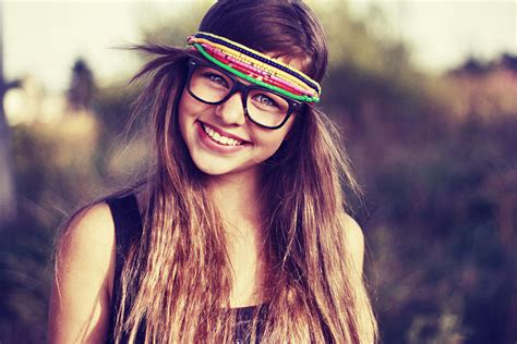hipster girl hipster tumblr wallpaper glasses drawing ideas tumblr girl