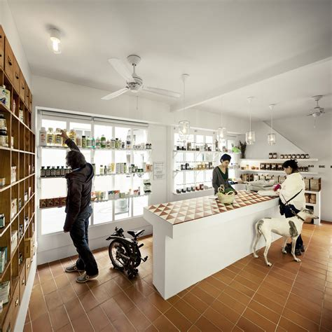 Store Interieur 539 by Bodebo Store In Barcelona Cavaa Archdaily
