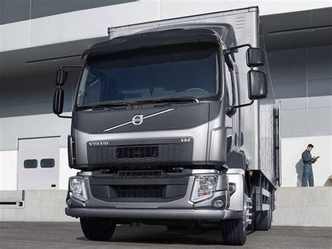 used volvo semi 100 2014 volvo semi truck 1995 volvo dd94 semi