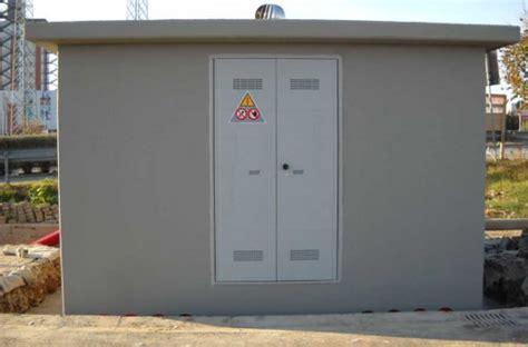 cabina enel palermo cabina enel a fuoco fumo invade una scuola