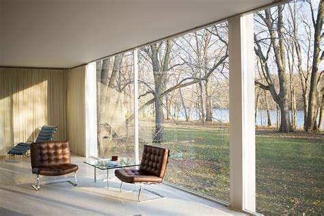 farnsworth house interior a film is being about mies van der rohe s farnsworth house archpaper com