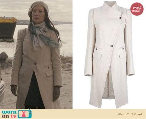 Joan Watson Wardrobe by Wornontv Joan S Asymmetrical Coat On Elementary