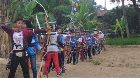 blaburan archery club magelang ajak anak anak asah mental