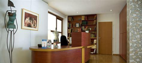 Cabinet De Chirurgie Esthétique by Cabinet De Chirurgie Esthetique