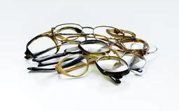 glazen len retro oude gebroken bril stock afbeelding beeld 5812401