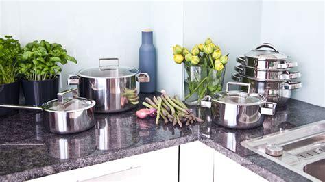 mobili per cucina ad angolo dalani mobili ad angolo per cucina funzionalit 224 elegante
