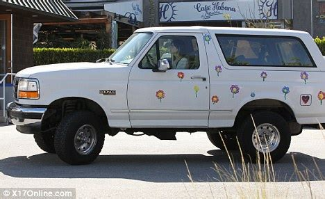 White Ford Bronco Dc Ali Lohan S Bright Top Can T Detract Attention Away From