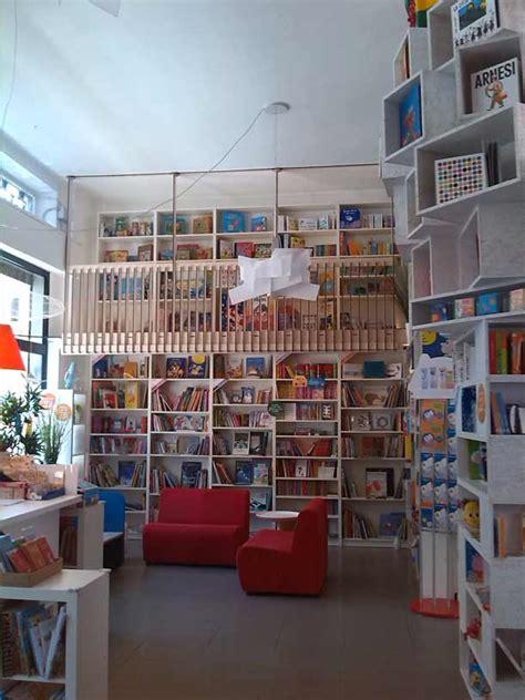 libreria via libreria aribac via porpora