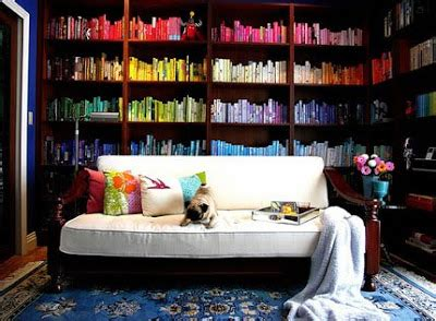 color coordinated bookshelf relookingcasa blog libri e riviste
