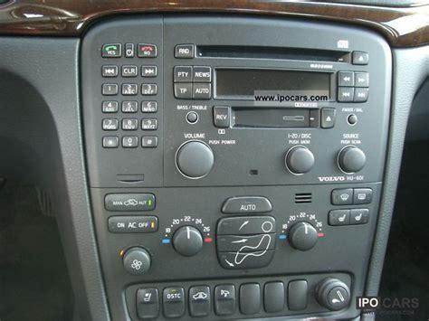 volvo   leather phone car photo  specs