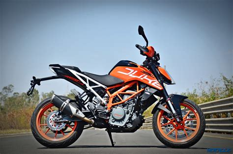 Ktm Duke 390 New 2017 Ktm 390 Duke Review Belligerence Motoroids