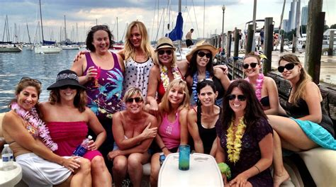 chicago boat rental bachelorette party bachelor bachelorette party chicago tikiboat