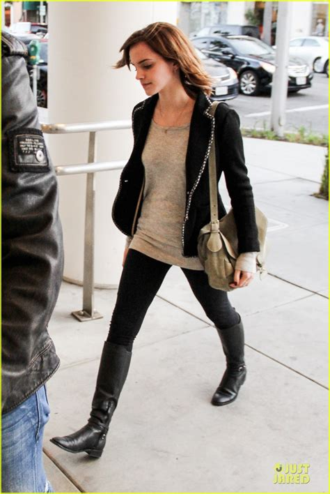 emma watson just jared emma watson kristen stewart defender photo 2810957