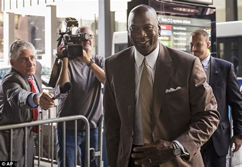 jordan sues grocery chains over ads upi com michael jordan awarded 8 9m for safeway owned store s
