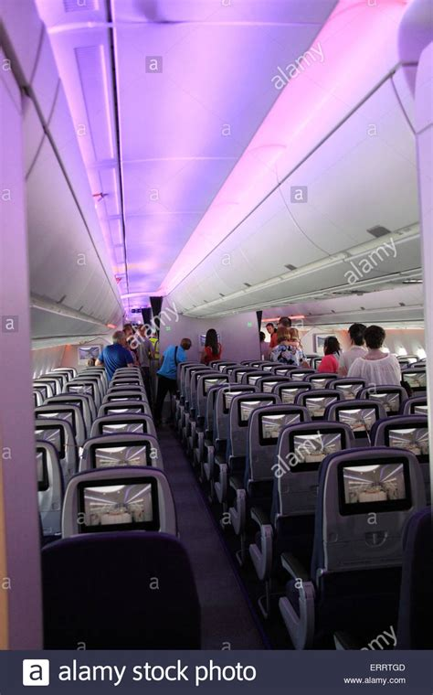 a350 cabin airbus a350 xwb cabin at the airways explore and