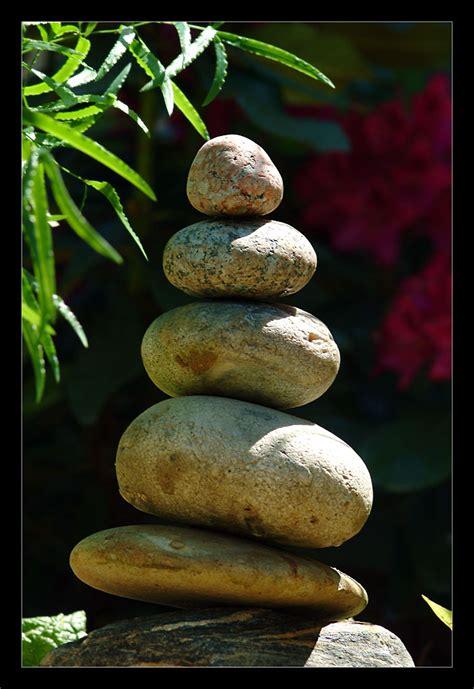 Zen Steine Bedeutung by Farben Im Garten