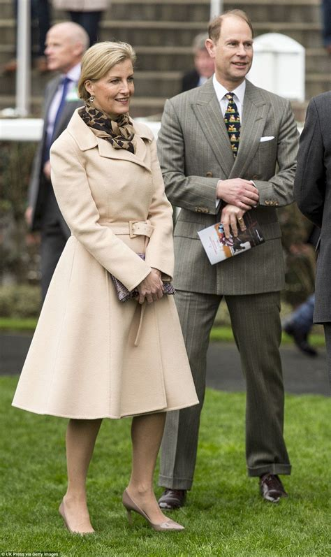 Azcost Edward Brown royals at the races edward and children at ascot
