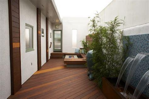 desain taman dalam rumah minimalis contoh taman minimalis dalam rumah balkon atas