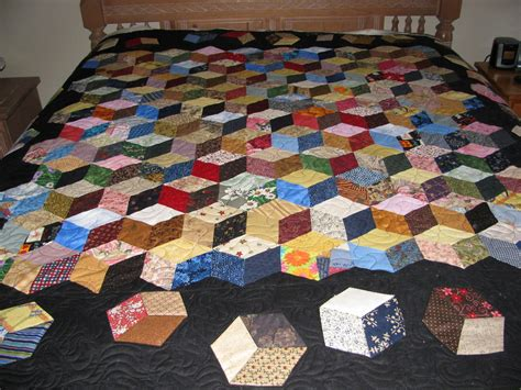 Best Place To Buy A Quilt by 1000 Ideas About Tumbling Blocks On Quilts