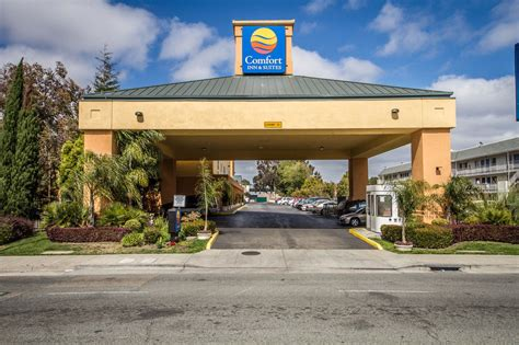 comfort inn and suites oakland comfort inn suites oakland in oakland hotel rates
