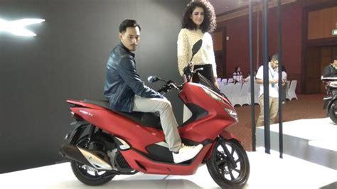 Pcx 2018 Masih Inden by Inden All New Honda Pcx 12 Ribu Unit Per Desember