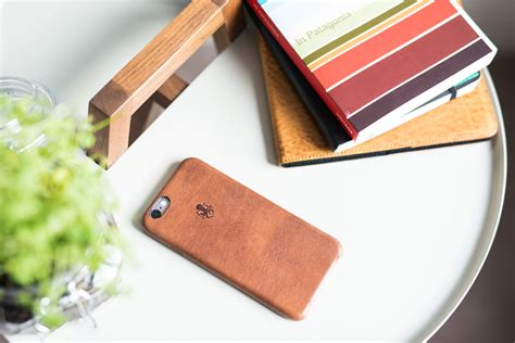 Nodus Shell For Iphone Black the premium leather nodus iphone collection