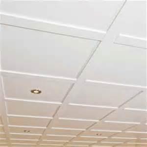 panneaux pour plafond suspendu random textured 2 pi x 4 pi