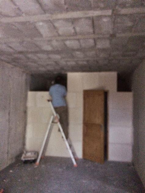 Isolation Escalier Sous Sol by Notre Maison En Bois Pendant L Isolation Autres Travaux