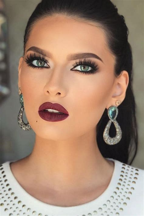 homecoming hairstyles makeup 25 best ideas about prom makeup looks on pinterest prom