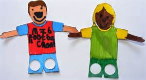How To Make A Finger Football Out Of Paper - soccer player finger puppets for