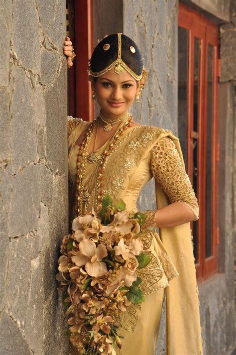 sri lankan gold styles 78 best images about sri lanka wedding photography on