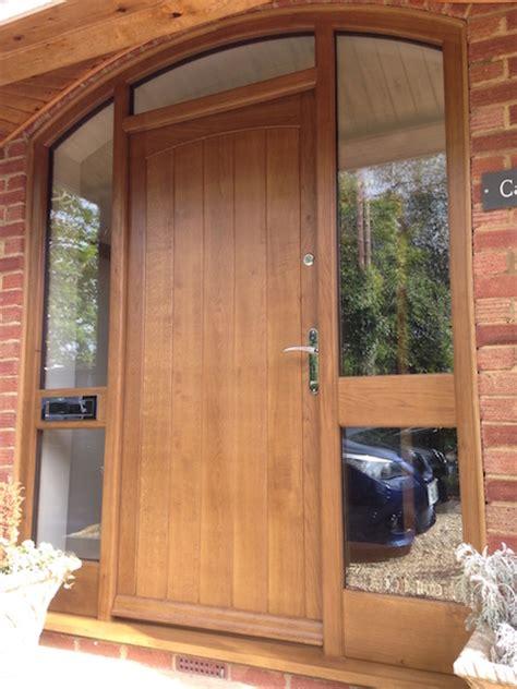 Solid Oak Front Door With Curved Frame Woodcraft Oak Front Door And Frame