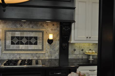 kitchen backsplashes with glass tiles decosee