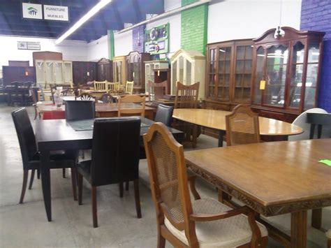 Donate Table And Chairs by Furniture Donations Needed At Habitat Restore Volunteer