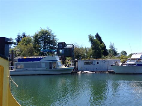 buy a boat or vacation home shantyboat trip on the sloughs shantyboatliving