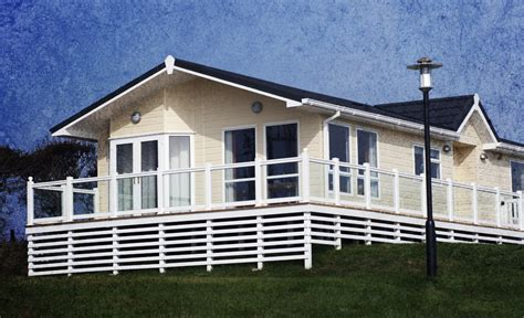 Mobile Home Insurance   Famous & Spang Insurance