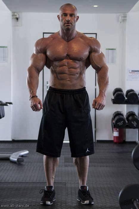 super huge bodybuilder body building men fitness inspiration bodybuilding workouts