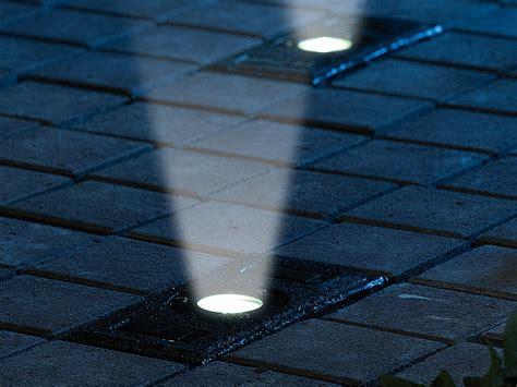 beleuchtung einfahrt pflaster lunartec pflastersteine mit licht solar pflasterstein mit